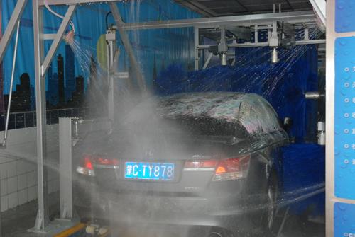 Hydraulic Car Wash System Blue Brush With Adjusted Wheel Distance