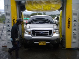 الصين TEPO-AUTO car washer in Colombia المزود